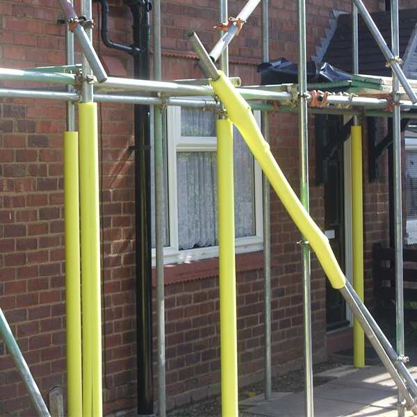 Hi-Vis Foam Scaffold Protector